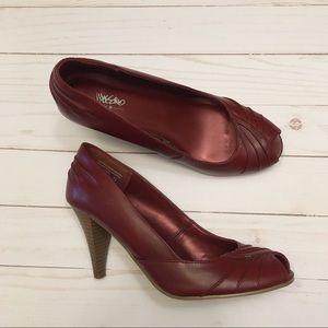 Mossimo burgundy peep-toe leather heels size 7 1/2
